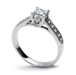 Staviori ekskluzywny pierścionek zaręczynowy z białego złota pr.0,585 1 diament, szlif princessa, masa 0,36 ct., barwa h, czystość vs1