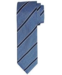 Elegancki błękitny krawat jedwabny w granatowe paski