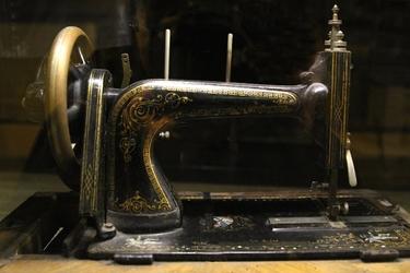 Fototapeta na ścianę staromodna maszyna do szycia fp 4998