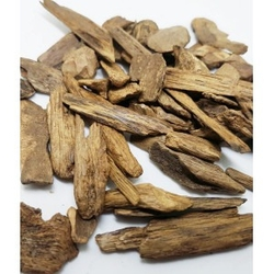 Naturalne kadzidło do spalania oudh wood drewno agarowe 25g song of india