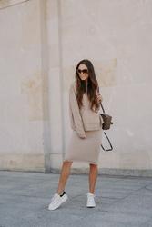 Swetrowy komplet bluza + spódnica - latte
