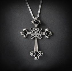 Krzyż ciemności, seria: forbidden - naszyjnik