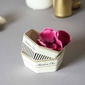 Dipówka  miseczka do dipów  salaterka porcelanowa sześciokątna altom design madame chic 2 wzory 11 cm