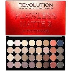 Makeup revolution 32 ultra eyeshadows flawless matte 2, lekko przydymione matowe