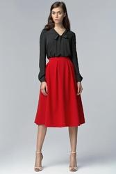 Czerwona spódnica midi z kieszeniami