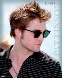Robert PattinsonCienie - plakat