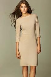 Szykowna beżowa sukienka midi z rękawem 34
