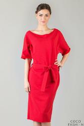 Czerwona Dresowa Sukienka z Szerokim Dekoltem i Paskiem