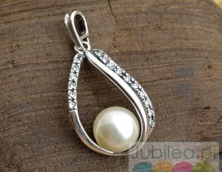 BALENA - srebrny wisior z perła i kryształkami