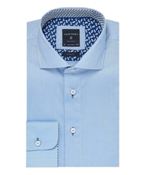 Elegancka błękitna koszula profuomo slim fit z kontrasowym wykończeniem kołnierzyka 39