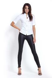 Czarne skórzane legginsy z ozdobnym zameczkiem