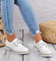 Pantofelek24.pl | wsuwane półbuty damskie z kokardą białe