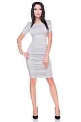 Jasno szara sukienka bodycon drapowana na bokach