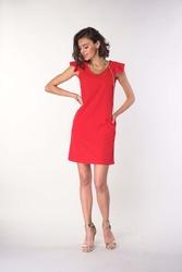 Czerwona prosta sukienka z falbankami na ramionach