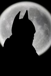 Batman - pełnia księżyca - plakat wymiar do wyboru: 42x59,4 cm