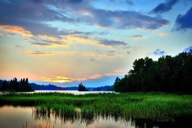 Fototapeta piękny widok na jezioro fp 2033