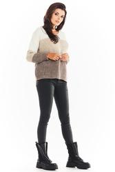 Trójkolorowy sweter z dekoltem v - beżowy