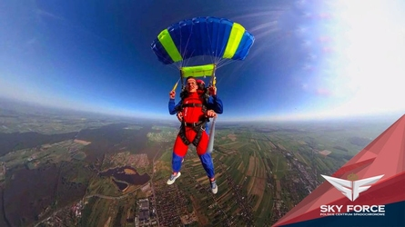 Skok ze spadochronem z wideorejestracją - łódź - skok z wojskowego desantowca ii