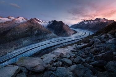 Fototapeta na ścianę oblodzona droga wśród skał fp 3801