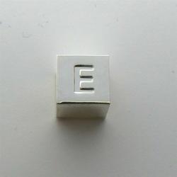 Litera E - kostka