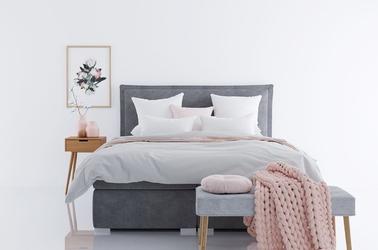 Eleganckie tapicerowane łóżko kontynentalne do sypialni camel z pojemnikiem na pościel