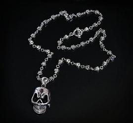 Kali - naszyjnik z czaszkami, wisior duża czaszka