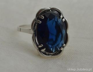Busan - srebrny pierścień z szafirem