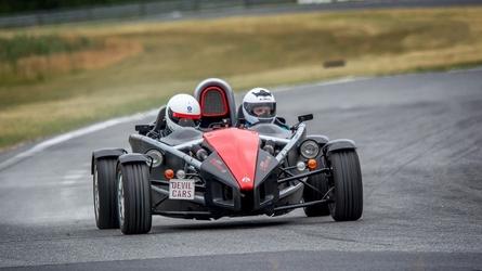 Jazda bolidem ariel atom - kierowca - poznań karting - 1 okrążenie
