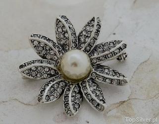 Antygona - srebrna brosza z perłą i kryształami