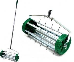 Aerator do trawnika – ręczny