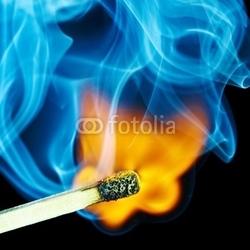 Obraz na płótnie canvas trzyczęściowy tryptyk dopasować płomień i dym