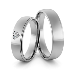 Obrączki ślubne z białego złota niklowego z sercem i brylantami - au-968