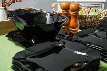 Luminarc authentic black serwis obiadowy 196