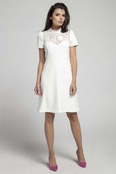 Ecru wizytowa rozkloszowana sukienka z koronką
