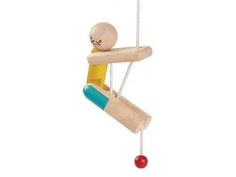 Drewniany akrobata wspinaczka