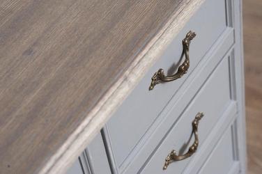 Ława catania w prowansalskim stylu
