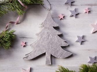 Dekoracja świąteczna  ozdoba choinkowa na boże narodzenie altom design drewniana zawieszka choinka beżowa 25 x 22,5 cm