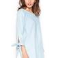Jeansowa błękitna bluzka damska z kokardkami przy rękawach