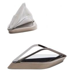 Casa bugatti - trattoria - stojak łódka na ręczniki papierowe.
