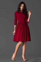 Elegancka Bordowa Sukienka z Szerokim Dołem