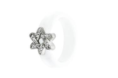 Ceramiczny biały pierścionek ze srebra gwiazda dawida pcs102b