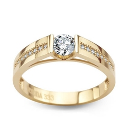 Staviori pierścionek żółte złoto 0.333. duża cyrkonia.