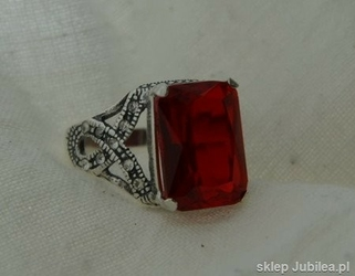 Pierścionek srebrny z rubinem - verso