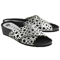 Srebrne klapki damskie nessi 19575 buty skóra