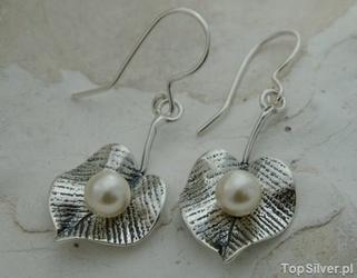Lilia - srebrne kolczyki z perłami