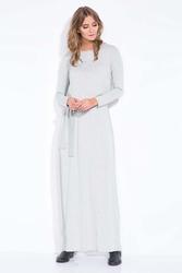Jasnoszara długa sukienka maxi z paskiem