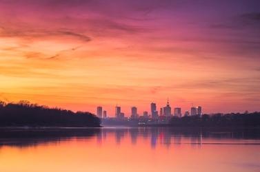 Warszawa panorama miasta o zachodzie - plakat premium wymiar do wyboru: 120x90 cm