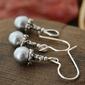 Srebrny z szarymi perłami cutolo