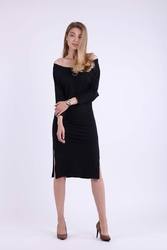 Czarna Dopasowana Midi Sukienka z Rozcięciami na Bokach