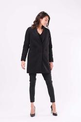 Czarny przejściowy płaszcz z szalowym kołnierzem